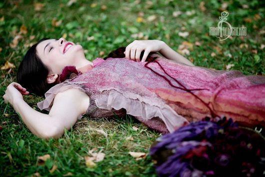 Платья ручной работы. Ярмарка Мастеров - ручная работа. Купить Валяное платье «Of rose petals». Handmade. Розовый, нежность