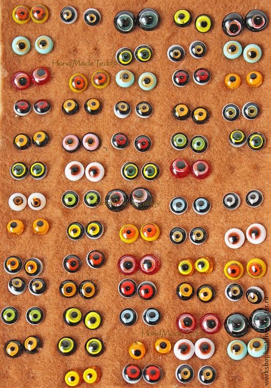 Паллетка` глубокие` цветовое решение представлено в  16 вариантах. Фото глазок каждого варианта размещены на нашем сайте в интернете