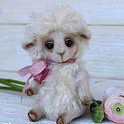 Куклы и игрушки ручной работы. Ярмарка Мастеров - ручная работа Коллекционная игрушка Овечка. Handmade.