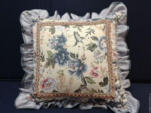 Подушки. Декоративные подушки. Подушки на диван. Прованс. Бахрома. Индивидуальный пошив. Розы. Птички. Цветы.