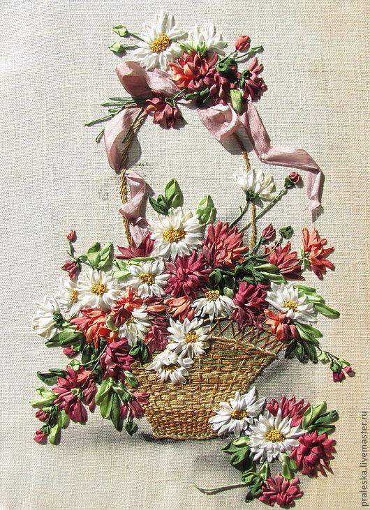 """Вышивка ручной работы. Ярмарка Мастеров - ручная работа. Купить набор №1  для вышивки лентами""""Корзина с хризантемами и ромашками&. Handmade."""