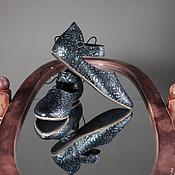 Обувь ручной работы. Ярмарка Мастеров - ручная работа Женские средневековые туфельки из тисненой кожи. Handmade.