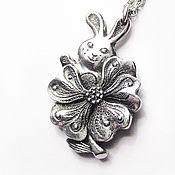 """Украшения ручной работы. Ярмарка Мастеров - ручная работа кулон из серебра """"Цветочный кролик"""". Handmade."""