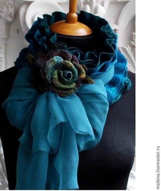Шарфы и шарфики ручной работы. Ярмарка Мастеров - ручная работа. Купить Изумрудный шарф-воротник с шифоном. Handmade. Зеленый, подарок
