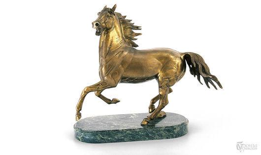 Статуэтки ручной работы. Ярмарка Мастеров - ручная работа. Купить Вздыбленный конь (большой). Handmade. Кони, конь, статуэтки из металла