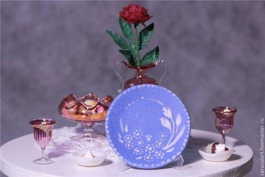 """Миниатюра ручной работы. Ярмарка Мастеров - ручная работа. Купить Миниатюрная тарелочка в стиле """"Wedgwood"""". Handmade. Голубой, миниатюра"""