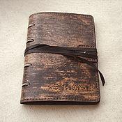 Канцелярские товары ручной работы. Ярмарка Мастеров - ручная работа Тетрадь А5 формата из потертой кожи. Handmade.