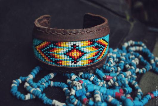 Браслеты ручной работы. Ярмарка Мастеров - ручная работа. Купить Браслет Индейский из натуральной кожи и бисера женский кожаный браслет. Handmade.