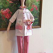 """Куклы и игрушки ручной работы. Ярмарка Мастеров - ручная работа Кукла тильда портретная """"Врач-гинеколог"""". Handmade."""
