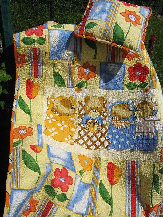 Пледы и одеяла ручной работы. Ярмарка Мастеров - ручная работа. Купить Лоскутный детский комплект Встреча на даче. Handmade. Желтый