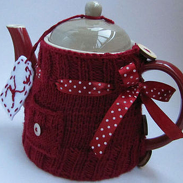 """Посуда ручной работы. Ярмарка Мастеров - ручная работа Чайник с грелкой """" Спелая вишня """" ( чайник+ 2 чашки). Handmade."""