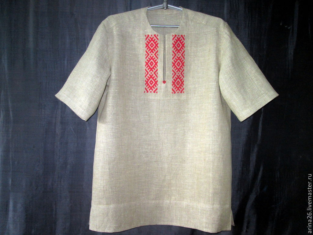 Рубашка из льна с вышивкой