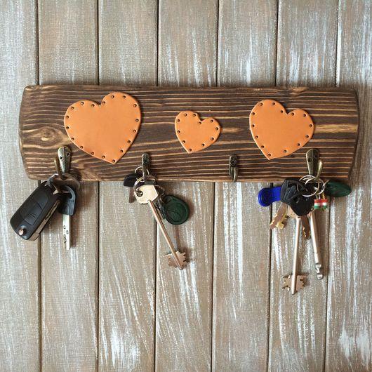 Прихожая ручной работы. Ярмарка Мастеров - ручная работа. Купить Ключница деревянная. Вешалка для ключей.. Handmade. Ключница, ключница кожа