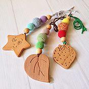 Куклы и игрушки ручной работы. Ярмарка Мастеров - ручная работа Грызунок-погремушка с деревянной игрушкой. Handmade.