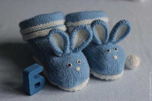 """Носки, гольфы, гетры ручной работы. Ярмарка Мастеров - ручная работа. Купить Носочки-пинетки детские """"Крольчата"""". Handmade. Голубой"""