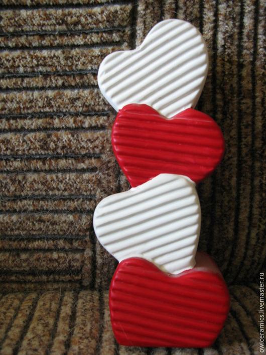 """Подарки для влюбленных ручной работы. Ярмарка Мастеров - ручная работа. Купить Ваза для одного цветка""""Вельветовые сердечки"""". Handmade. Подарки для влюбленных"""