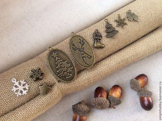 """Шитье ручной работы. Ярмарка Мастеров - ручная работа. Купить Шармики """"Новогодние"""", 8 видов. Handmade. Шармики, металлическая подвеска"""