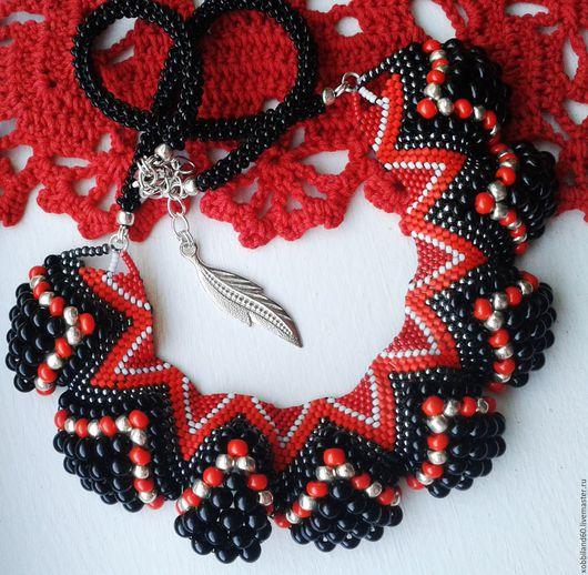 """Колье, бусы ручной работы. Ярмарка Мастеров - ручная работа. Купить Ожерелье """"Роковая дама"""".. Handmade. Ожерелье из бисера"""