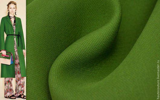 Шитье ручной работы. Ярмарка Мастеров - ручная работа. Купить Valentino плотная костюмная !!!. Handmade. Тёмно-зелёный, кейп