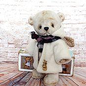 Куклы и игрушки ручной работы. Ярмарка Мастеров - ручная работа Мишки-тедди в шубках. Handmade.