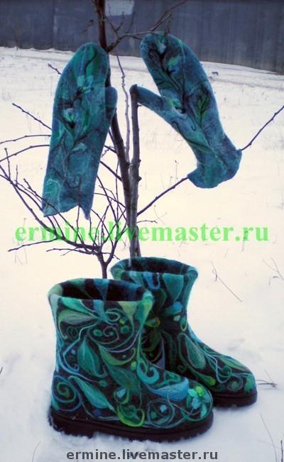 """Обувь ручной работы. Ярмарка Мастеров - ручная работа. Купить Валенки""""Новогодние"""". Handmade. Валяние, валенки для улицы, 100% шерсть"""