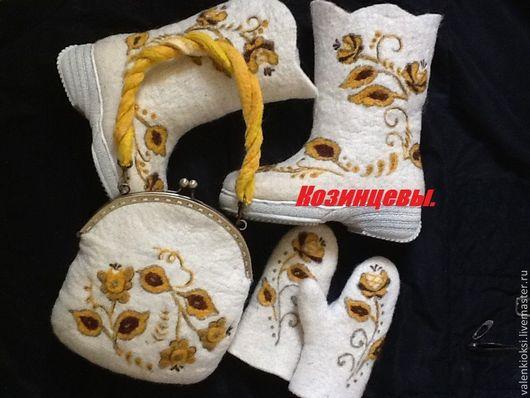 """Детская обувь ручной работы. Ярмарка Мастеров - ручная работа. Купить Комплект детский """"Золотая гжель"""". Handmade. Белый"""