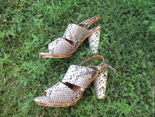 Обувь ручной работы. Ярмарка Мастеров - ручная работа. Купить Босоножки Sara. Handmade. Серый, босоножки из кожи, лакированные босоножки