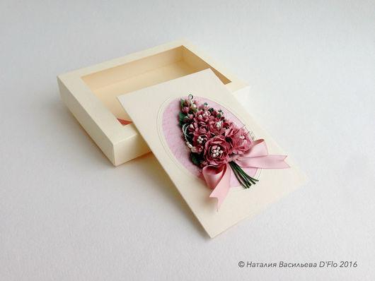 Авторская открытка в коробочке с прозрачным окошком: на юбилей, свадьбу, день рождения, новоселье.