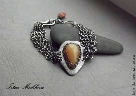 Браслеты ручной работы. Ярмарка Мастеров - ручная работа. Купить Браслет  Honey  moon (серебро, опал, лунный камень). Handmade.