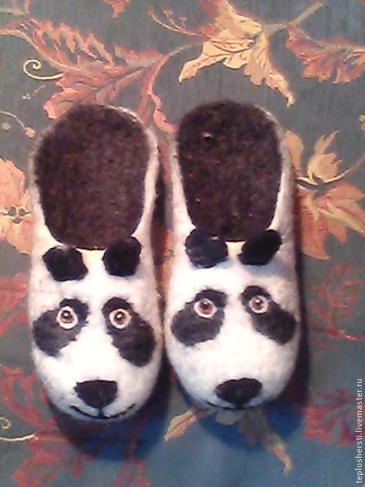"""Обувь ручной работы. Ярмарка Мастеров - ручная работа. Купить Тапки валяные """"Панда"""". Handmade. Чёрно-белый, подарок"""