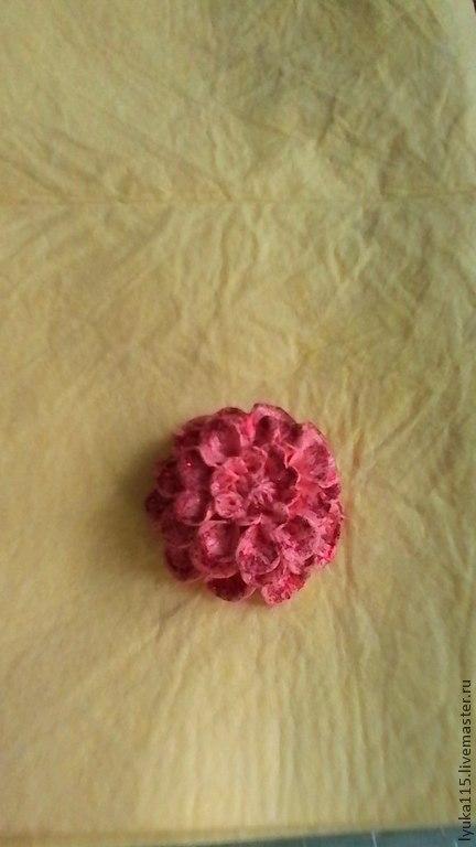 """Заколки ручной работы. Ярмарка Мастеров - ручная работа. Купить заколка для волос """" Георгин"""". Handmade. Розовый, красный, черный"""
