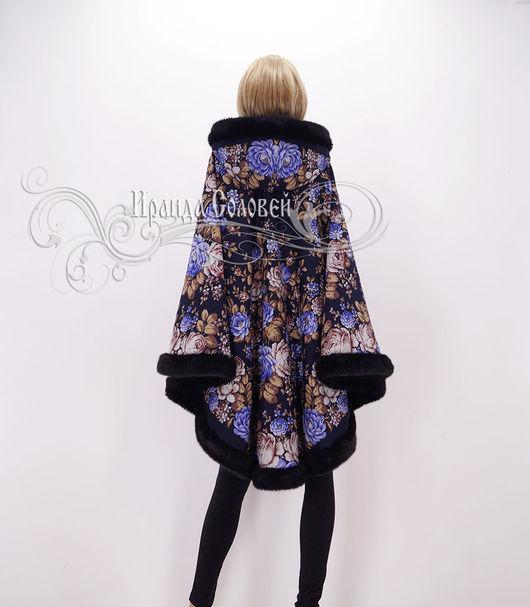 Авторское пальто-пончо из шерстяных (100% шерсть) павловопосадских платков Цветочная сказка-2