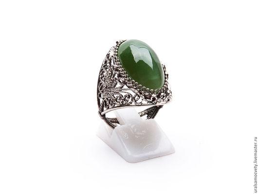 Кольца ручной работы. Ярмарка Мастеров - ручная работа. Купить Кольцо с нефритом. Handmade. Тёмно-зелёный, нефрит зеленый