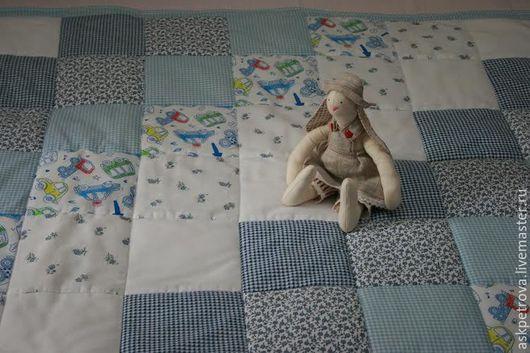 """Пледы и одеяла ручной работы. Ярмарка Мастеров - ручная работа. Купить Детское одеяло-покрывало пэчворк """"В облаках"""". Handmade."""