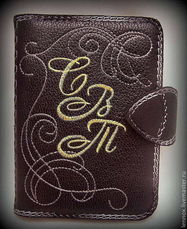 Бумажник 2 в 1 - для автодокументов и паспорта кожа с вышивкой, Автомобильные сувениры, Санкт-Петербург,  Фото №1
