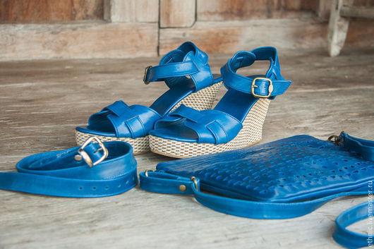 Обувь ручной работы. Ярмарка Мастеров - ручная работа. Купить Босоножки из натруальной коди Jess. Handmade. Синий, летняя обувь