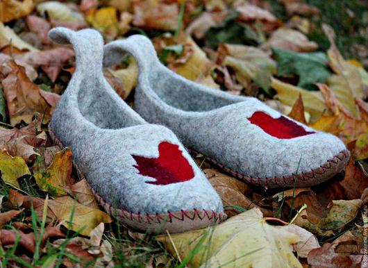 """Обувь ручной работы. Ярмарка Мастеров - ручная работа. Купить Тапочки валяные """"Twitter"""".. Handmade. Серый, Тапочки ручной работы"""