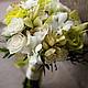 Букет невесты в кремово-зеленых тонах