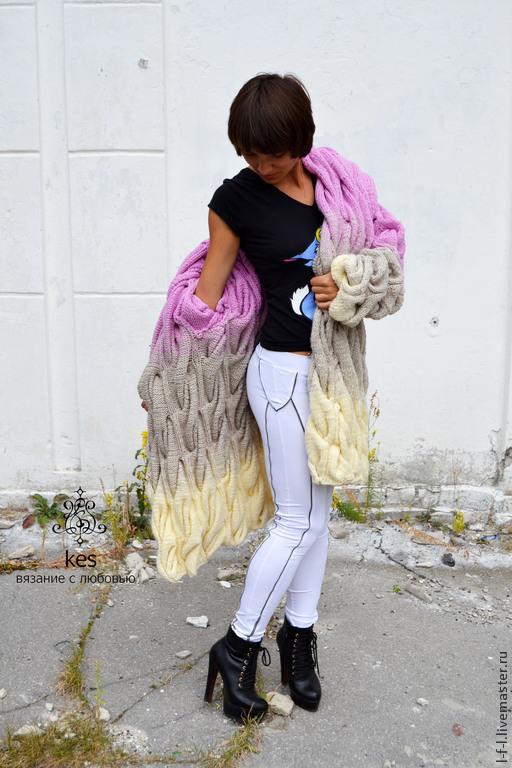 """Кофты и свитера ручной работы. Ярмарка Мастеров - ручная работа. Купить Вязаный кардиган """"Неотразимость"""". Handmade. Однотонный, кардиган с косами"""