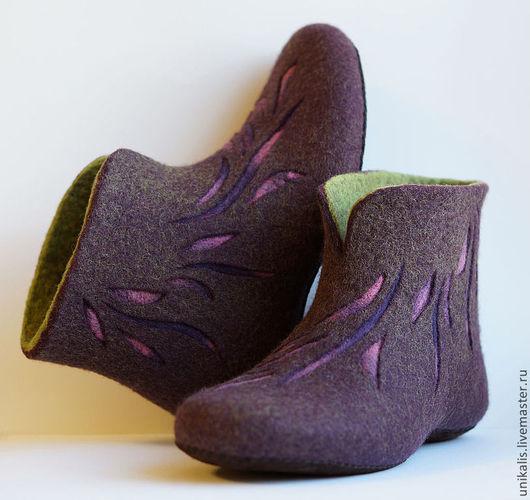 """Обувь ручной работы. Ярмарка Мастеров - ручная работа. Купить Валяные тапочки """"Лепестки"""". Handmade. Тёмно-фиолетовый, обувь для дома"""