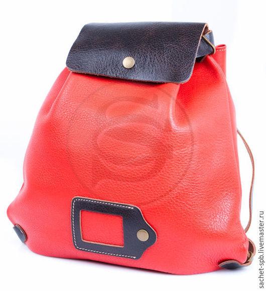 Рюкзаки ручной работы. Ярмарка Мастеров - ручная работа. Купить Красный кожаный рюкзак Милитари. Handmade. Ярко-красный