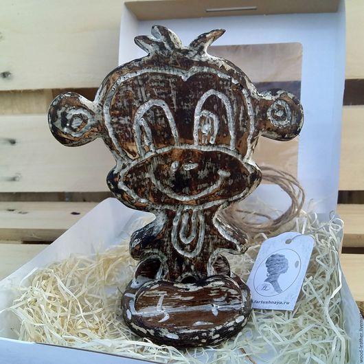 Пряничная деревянная игрушка `Чичика`, выполнена полностью вручную из дерева. На заказ любой размер.