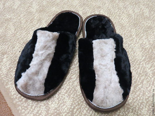 Обувь ручной работы. Ярмарка Мастеров - ручная работа. Купить тапочки мужские из овчины. Handmade. Черный, тапочки домашние