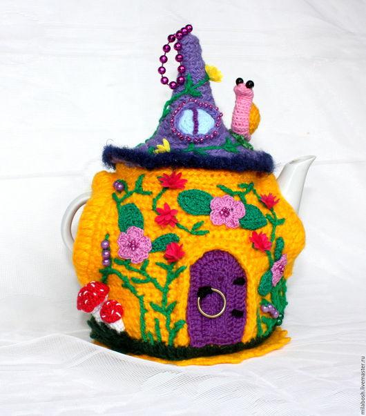 """Кухня ручной работы. Ярмарка Мастеров - ручная работа. Купить Грелка на чайник """"Yellow house in the woods"""". Handmade."""