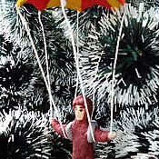 """Подарки к праздникам ручной работы. Ярмарка Мастеров - ручная работа Ватная игрушка репродукция  """"Парашютист"""". Handmade."""