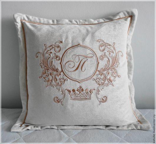 Текстиль, ковры ручной работы. Ярмарка Мастеров - ручная работа. Купить Вензель на Подушке. От А до Я....... в любом цвете!. Handmade.