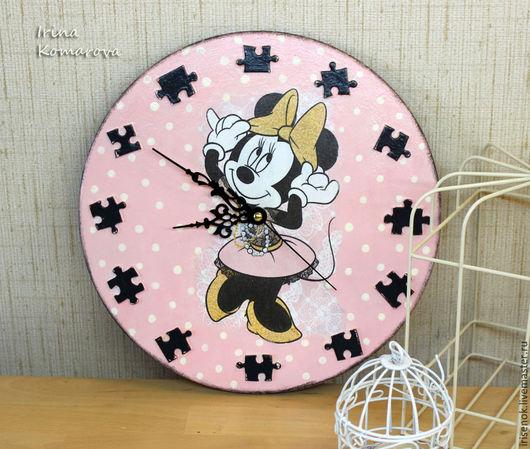 Часы для дома ручной работы. Ярмарка Мастеров - ручная работа. Купить Минни Маус, часы для детской комнаты. Handmade.