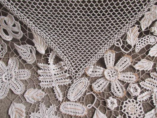 Шали, палантины ручной работы. Ярмарка Мастеров - ручная работа. Купить шаль цветочная. Handmade. Бежевый, ирис