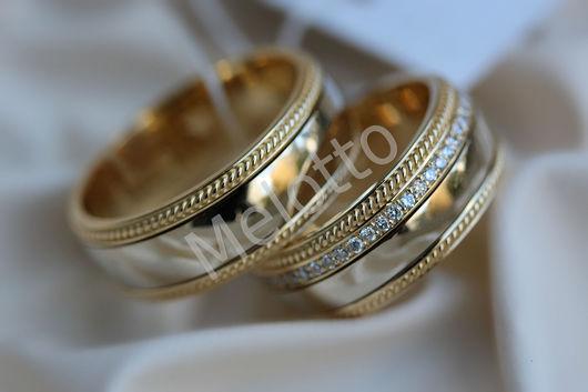 Свадебные украшения ручной работы. Ярмарка Мастеров - ручная работа. Купить Обручальные кольца из комбинированного золота с бриллиантами. Handmade. Золотой