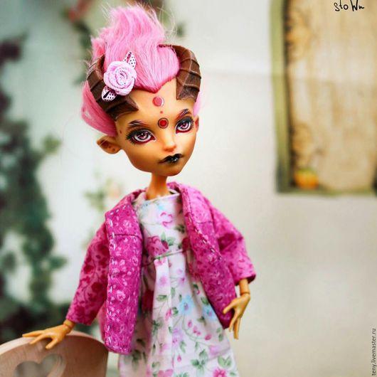 Одежда для кукол ручной работы. Ярмарка Мастеров - ручная работа. Купить Одежда для кукол Monsterhigh. Handmade. Фуксия, цветы, ретро